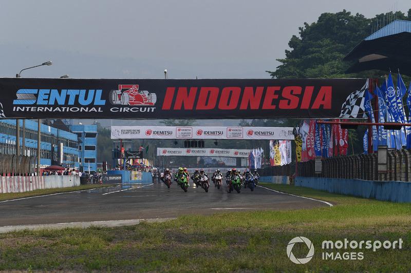 Race 1 SuperSports 600cc ARRC Sentul 2018