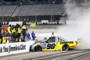 #98: Grant Enfinger, ThorSport Racing, Ford F-150 Champion/Curb Records