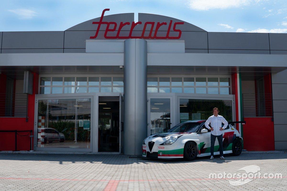 Jean-Karl Vernay, Team Mulsanne, Alfa Romeo Giulietta Veloce TCR
