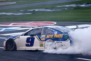Ganador Chase Elliott, Hendrick Motorsports, Chevrolet Camaro NAPA Auto Parts