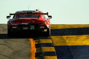 #25 BMW Team RLL BMW M8 GTE, GTLM: Connor De Phillippi, Bruno Spengler, Colton Herta