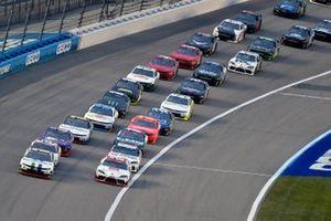 Ross Chastain, Kaulig Racing, Chevrolet Camaro Dyna-Gro Seed and Brandon Jones, Joe Gibbs Racing, Toyota Supra Toyota Service Centers