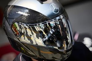 Mercedes F1 pit crew