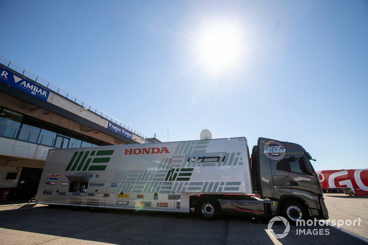 MIE Racing Honda Team truck