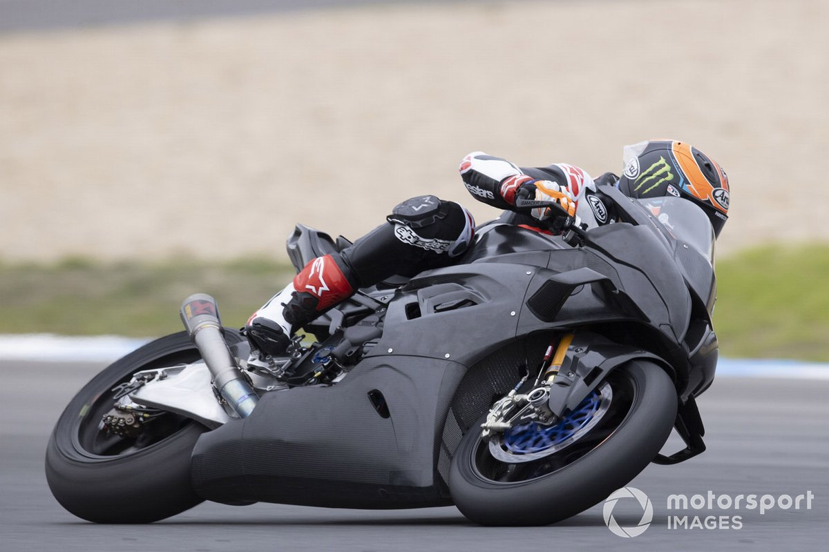 Michael van Der Mark, BMW Motorrad WorldSBK Team, Testing the BMWS1000RR with fairing wings