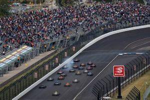 Will Power, Team Penske Chevrolet, Colton Herta, Andretti Harding Steinbrenner Autosport Honda, Alexander Rossi, Andretti Autosport Honda, start