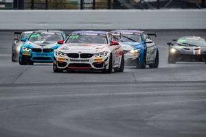 #82 Bimmerworld BMW M4 GT4: James Clay, Chandler Hull, Bill Auberlen