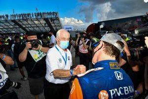 IndyCar-Champion 2020: Scott Dixon, Chip Ganassi Racing Honda, mit Roger Penske