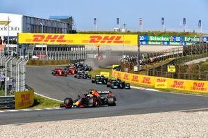 Max Verstappen, Red Bull Racing RB16B, Lewis Hamilton, Mercedes W12, Valtteri Bottas, Mercedes W12, Pierre Gasly, AlphaTauri AT02, and Charles Leclerc, Ferrari SF21