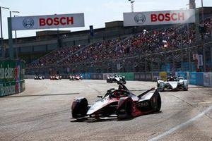 Sebastien Buemi, Nissan e.Dams, Nissan IMO3, Pascal Wehrlein, Porsche, Porsche 99X Electric