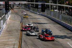 #31: Whelen Engineering Racing Cadillac DPi, DPi: Felipe Nasr, Pipo Derani, au départ