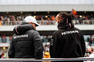 Valtteri Bottas, Mercedes with Lewis Hamilton, Mercedes, drivers parade