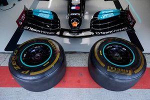 Pneumatici nel garage Mercedes