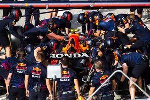 Oefenen van de pitstop bij Red Bull Racing