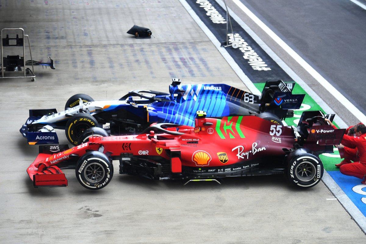Ferrari SF21, Williams FW43B en las verificaciones