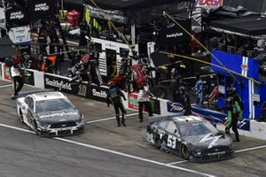 Joey Gase, Rick Ware Racing, Ford Mustang Sparks, Aric Almirola, Stewart-Haas Racing, Ford Mustang Smithfield