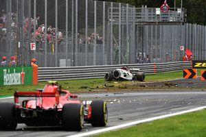 Marcus Ericsson, Sauber C37 après son énorme crash