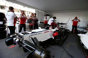 Le garage Alfa Romeo Sauber F1 Team