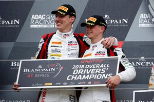 I campioni #88 Akka ASP Team Mercedes-AMG GT3: Raffaele Marciello, Michael Meadows