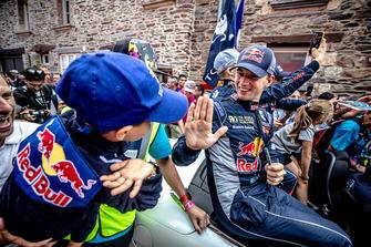 Timmy Hansen, Team Peugeot Total, en el desfile