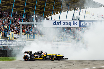 Carlos Sainz, Renault Sport F1 Team RS E20, Gamma Racing Day