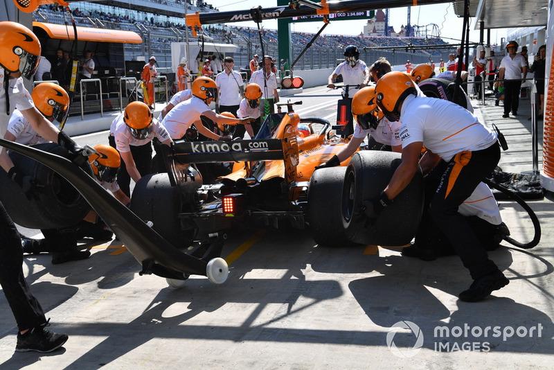 Pit stop, Fernando Alonso, McLaren MCL33
