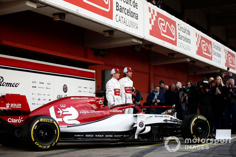 Kimi Raikkonen, Alfa Romeo Racing and Antonio Giovinazzi, Alfa Romeo Racing with the new Alfa Romeo Racing C38