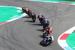 Jonathan Rea, Kawasaki Racing leads chasing pack with Markus Reiterberger, BMW Motorrad WorldSBK Team