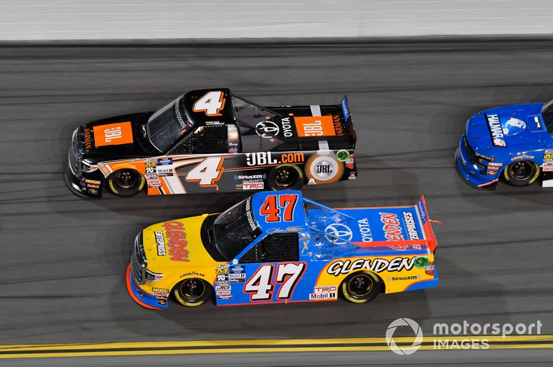 Todd Gilliland, Kyle Busch Motorsports, Toyota Tundra JBL, Chris Fontaine, Chris Fontaine Inc., Toyota Tundra Glenden Enterprises