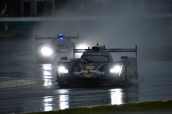 #5 Mustang Sampling Racing Cadillac DPi, DPi: Joao Barbosa, Filipe Albuquerque, Christian Fittipaldi, Mike Conway
