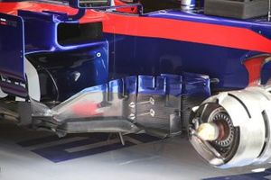 Toro Rosso bargeboard