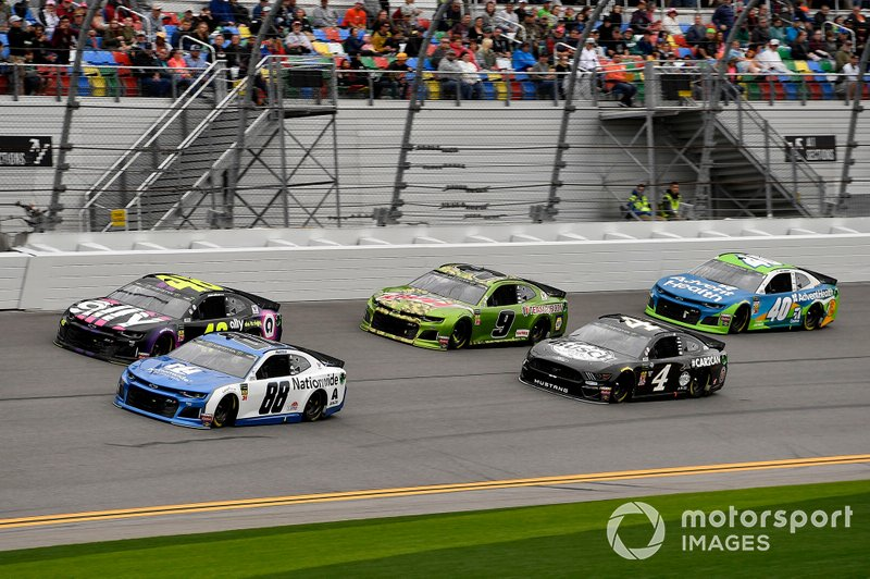 Alex Bowman, Hendrick Motorsports, Chevrolet Camaro Nationwide, Jimmie Johnson, Hendrick Motorsports, Chevrolet Camaro Ally, Chase Elliott, Hendrick Motorsports, Chevrolet Camaro Mountain Dew, Kevin Harvick, Stewart-Haas Racing, Ford Mustang Busch Beer Car2Can, and Jamie McMurray, Spire Motorsports, Chevrolet Camaro AdventHealth Chevrolet