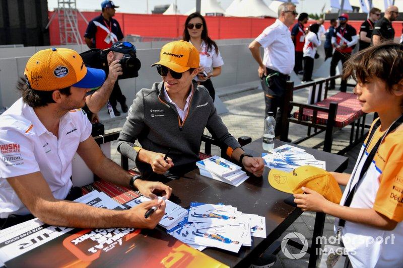 Carlos Sainz Jr., McLaren y Lando Norris, McLaren