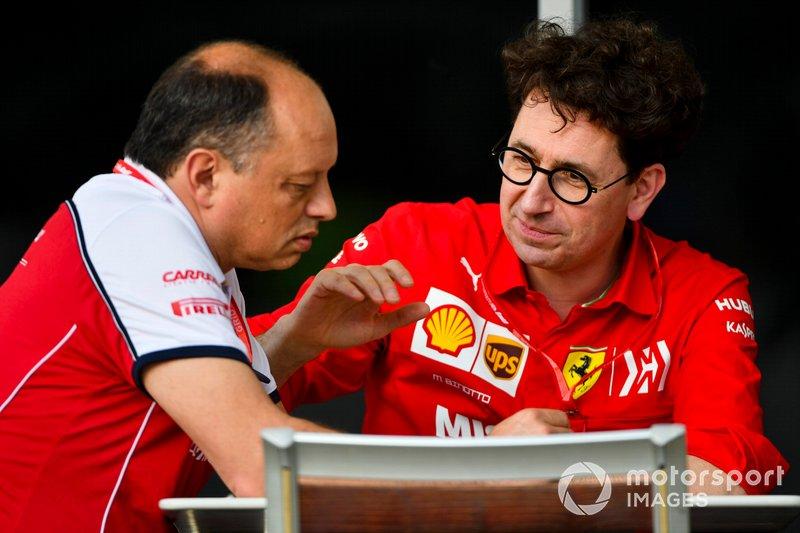 Frederic Vasseur, Team Principal, Alfa Romeo Racing e Mattia Binotto, Team Principal Ferrari