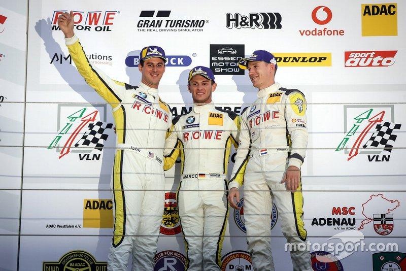 Podium: winnaars #99 ROWE Racing BMW M6 GT3: Nick Catsburg, Marco Wittmann, John Edwards