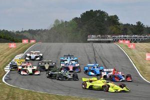 Simon Pagenaud, Team Penske Chevrolet, Josef Newgarden, Team Penske Chevrolet, start