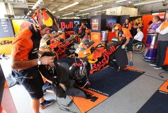 Garage of Johann Johann Zarco, Red Bull KTM Factory Racing