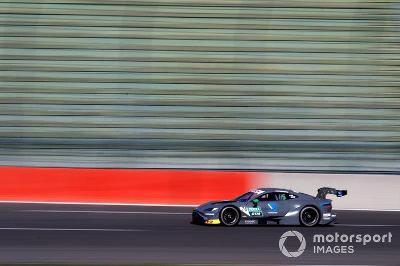 Фердинанд Габсбург, марка – Aston Martin, команда – Aston Martin Vantage DTM, стартовый номер – 62