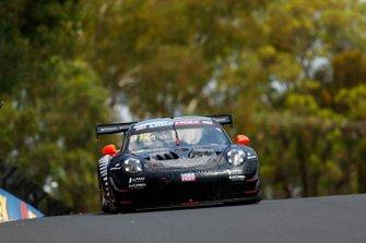 №912 EBM Porsche 911 GT3-R: Дирк Вернер, Деннис Олсен, Мэтт Кэмпбелл