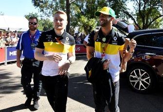 Daniel Ricciardo, Renault F1 arriveert op het circuit