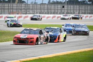 Ryan Preece, JTG Daugherty Racing, Chevrolet Camaro Purina, Alex Bowman, Hendrick Motorsports, Chevrolet Camaro Axalta