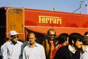 Un camion Ferrari