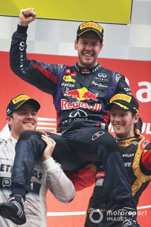 Race Winner Sebastian Vettel, Red Bull Racing, Nico Rosberg, Mercedes AMG, Romain Grosjean, Lotus F1