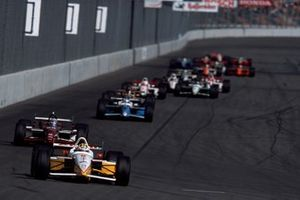 Kenny Brack, Team Rahal leads Alex Zanardi, Mo Nunn Racing and Patrick Carpentier, Forsythe Racing