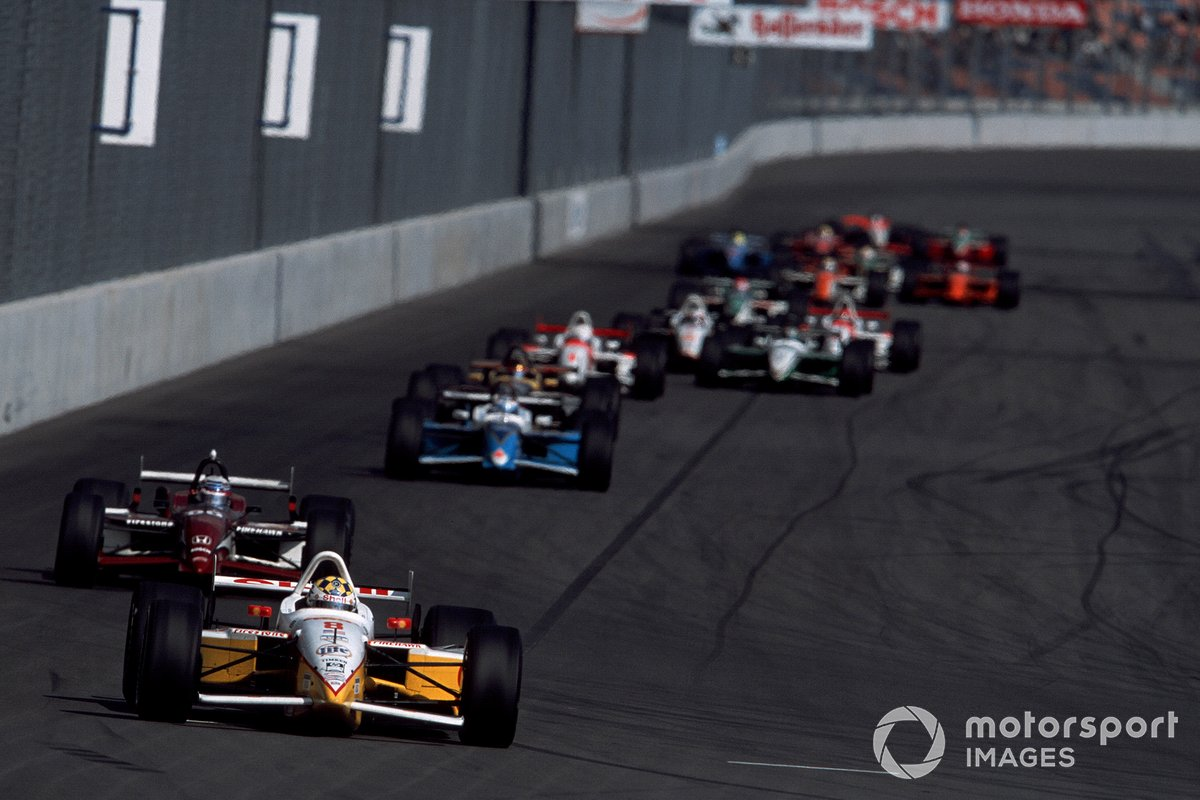 Kenny Brack, Team Rahal leads Alex Zanardi, Mo Nunn Racing y Patrick Carpentier, Forsythe Racing