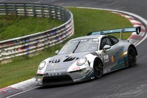 #57 Black Falcon Porsche 911 GT3-R