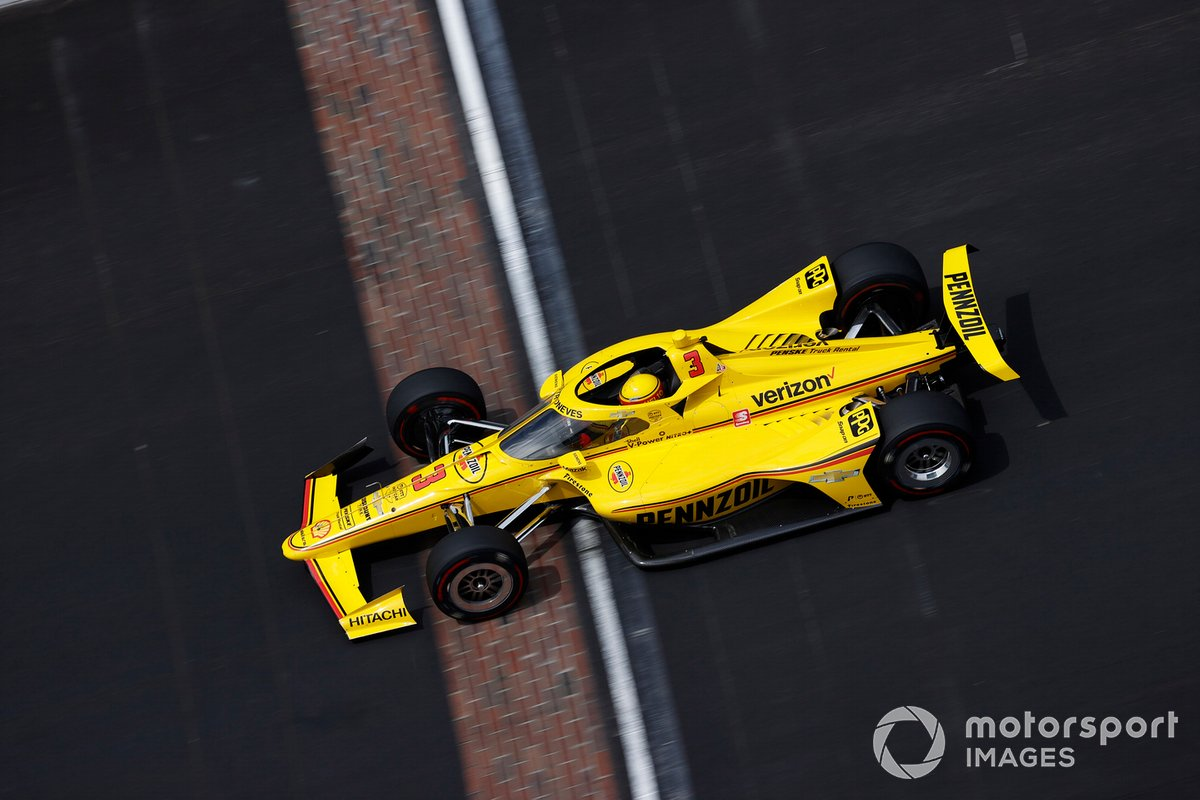 28º Helio Castroneves, Team Penske – Chevrolet