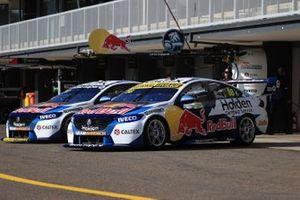 Cars of Jamie Whincup, Triple Eight Race Engineering Holden, Shane van Gisbergen, Triple Eight Race Engineering Holden