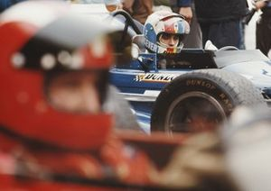 François Cevert, March 701 Ford, with Jo Siffert, March 701 Ford in the foreground