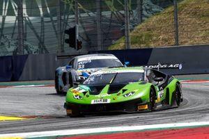#19 GRT Grasser Racing Team Lamborghini Huracán GT3 Evo: Rolf Ineichen, Frank Perera
